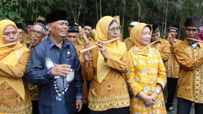 Bupati Enrekang Sampaikan Belasungkawa untuk Ibunda Presiden Jokowi