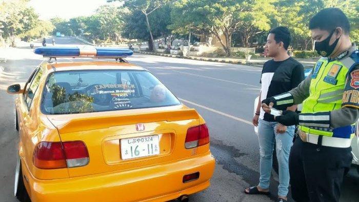 Bakal Diikutkan Kontes di Makassar, Mobil Sedan di Jeneponto Ditilang Polisi Gegara Pakai Plat Palsu