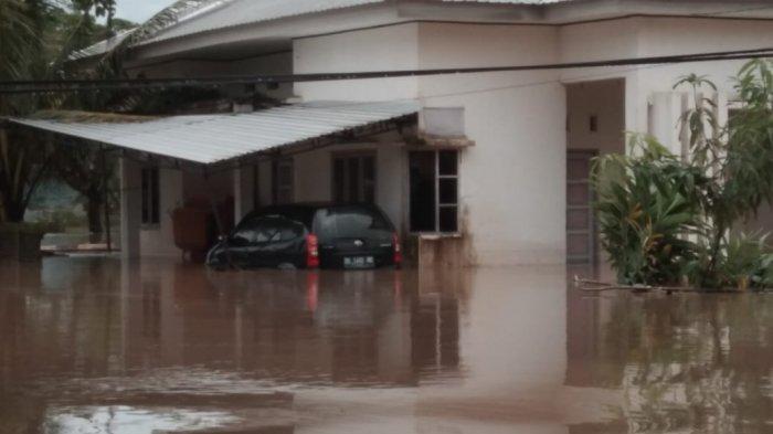 BREAKING NEWS: 121 Kepala Keluarga di Desa Salussu Barru Dikabarkan Terisolir Akibat Banjir