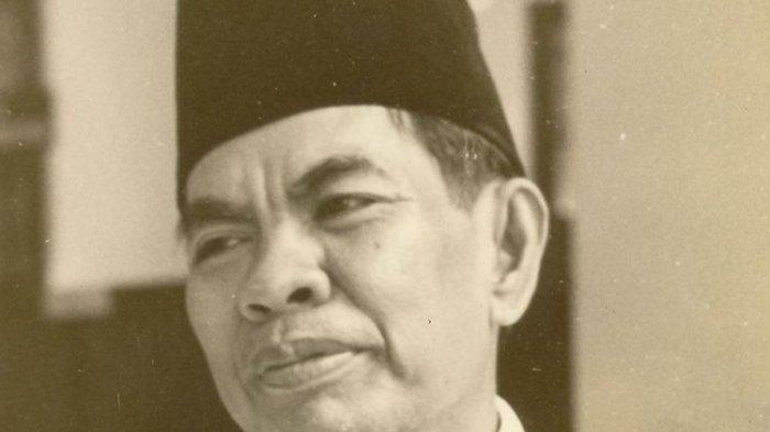 TRIBUNWIKI: Jadi Nama Jalan di Makassar, Ini Sosok Pahlawan Mohammad Yamin