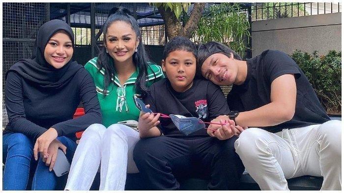 Tingkah Laku Kellen Anak KD & Raul Lemos Pertama Kali ke Rumah Atta Halilintar Terekam, Aurel Sibuk