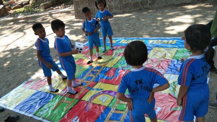 Peringati Hari Anak Internasional, TK Hang Tuah Gelar Outing Class