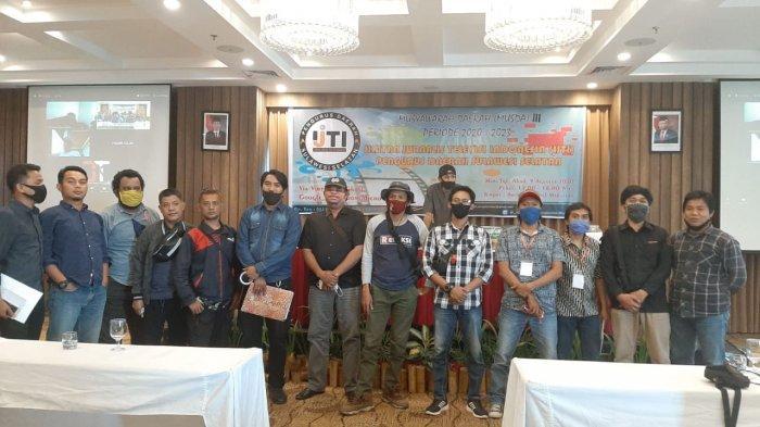 FOTO: Musda Berlangsung Lancar, Muhammad Sardi Terpilih Sebagai Ketua IJTI Sulsel 2020-2023 - musda-ijti-di-hotel-arthama-3.jpg