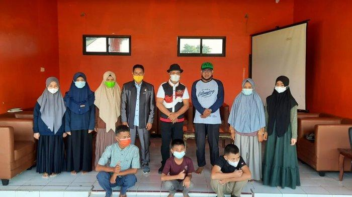 Terima Beasiswa, 11 Pelajar Asal Enrekang Bakal Belajar di Sekolah Islam Athirah Bone