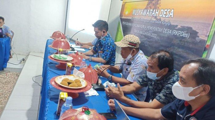 Musrenbang Desa Nisombalia dihadiri Kabid PMD Kabupaten Maros.