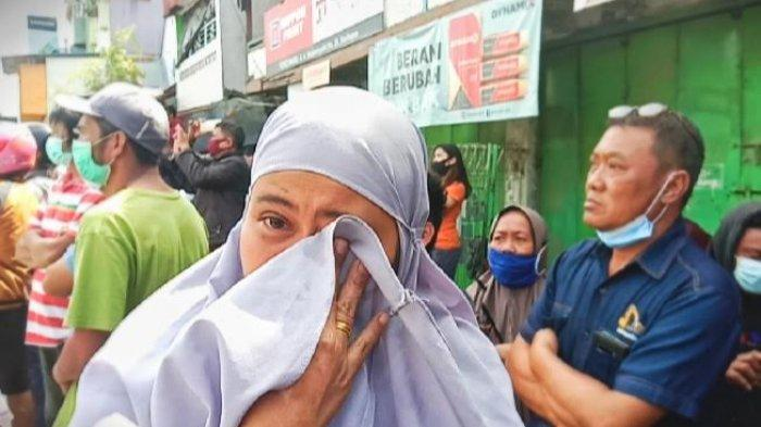 Pertokoan Rantepao Toraja Utara Dibongkar, Pedagang Menangis