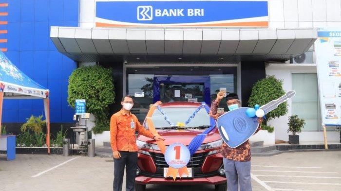 Menang Undian Simpedes, Nasabah BRI Unit Teppo Pinrang Bawa Pulang Mobil Xenia