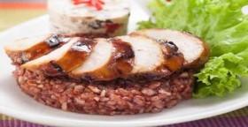 Nasi Merah Komplit, Cocok untuk Sahur