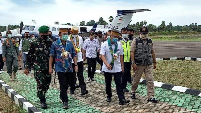 Dirjen Perhubungan Udara Tinjau Bandara Arung Palakka, Bupati Bone: Kami Telah Bebaskan Lahan