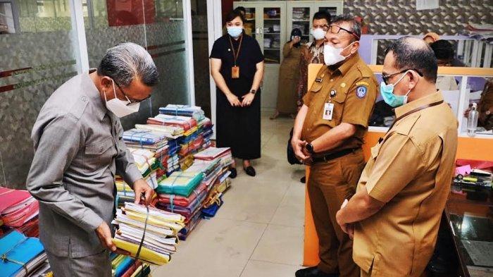 Gubernur Sulsel NA Kecewa Jelang Hari Guru Nasional 2020, Disambut Tumpukan Berkas di Disdik Sulsel