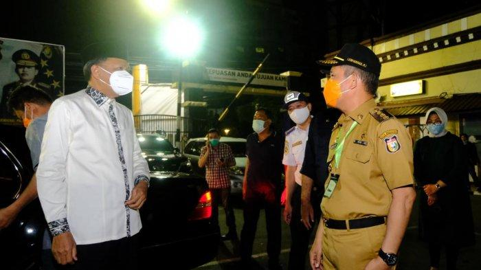 Gubernur NA Pantau Simpang Lima Jelang Lebaran, 600 Lebih Kendaraan Balik Arah