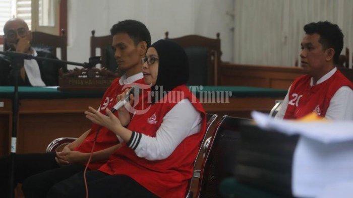 Di Hadapan Hakim, Istri Bos Abu Tours Ceritakan Perjalanan Hidupnya - nureaw.jpg