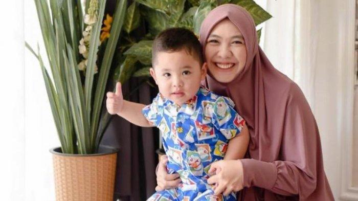 Gejala Jika Anak Derita Prader Willi Syndrome Seperti Putra Oki Setiana Dewi, Penyakit Langka