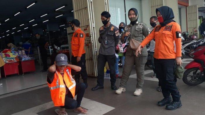 12 Pelanggar dalam Operasi Yustisi di Pasar Sentral Makassar, Sanksi Push Up Hingga Beli Masker