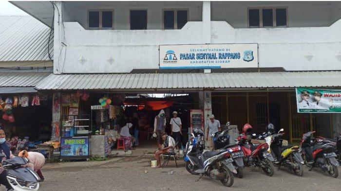 Wanita Paruh Baya Kerap Bawa Badik di Pasar Sentral Rappang Sidrap, Sudah Ditangani Polisi