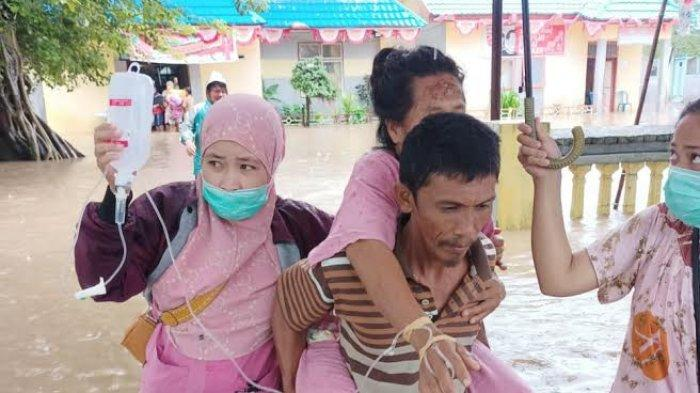 Lima Pasien di Puskesmas Bangkala Jeneponto Terendam Banjir