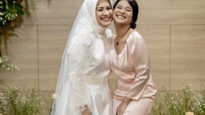Sosok Siti Adira Kinaya Putri Cantik Ikke Nurjanah, Turut Hadiri Pernikahan Ibu dengan Karlie Fu