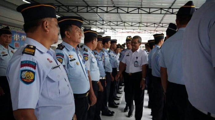 Hari Pertama Kerja, Kemenkuham Sulsel Cek Kehadiran Pegawai Rutan Kelas I Makassar