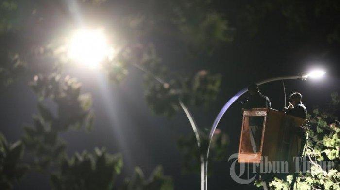Pengadaan Lampu Jalan Belum Jelas, Mantan Kadis PMD Selayar Diminta Bertanggung Jawab