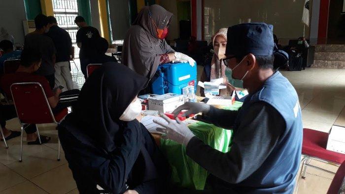 Jenuh Tinggal di Rumah, Pelajar di Luwu Timur Antusias Ikut Vaksin Persiapan Belajar Tatap Muka