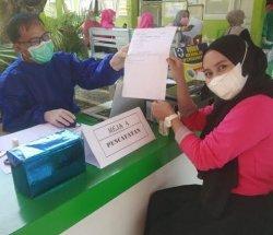Baru 79 Orang Nakes di Puskesmas Mapili Polman Divaksin