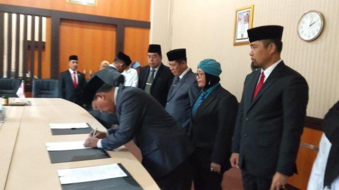 Lantik Pejabat di Rruang Kerja BKD, Sekprov Sulsel Bilang Begini