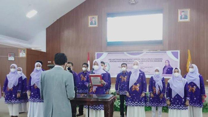 Alfiah Nur Yusuf Chaidir Resmi Jabat Ketua IAI Maros