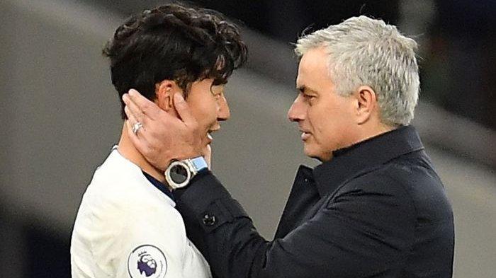SEDANG BERLANGSUNG Tottenham vs Brentford di Semifinal Carabao Cup, Link Live Streaming Mola TV