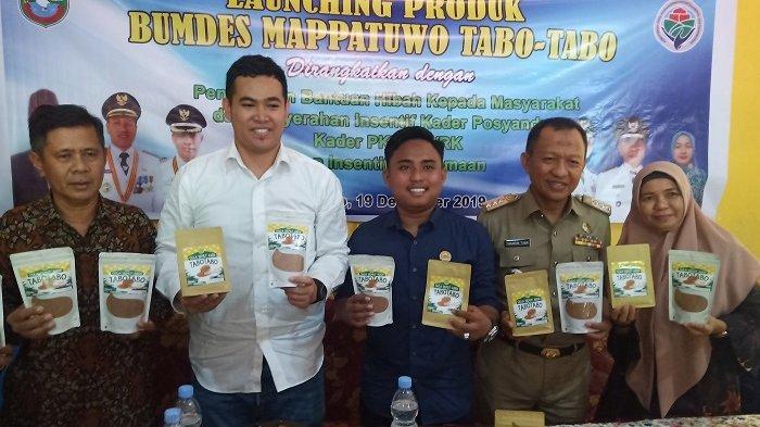 Desa Tabo-tabo Resmi Luncurkan Produk Gula Semut, Ketua DPRD Pangkep Siap Bantu Pemasaran