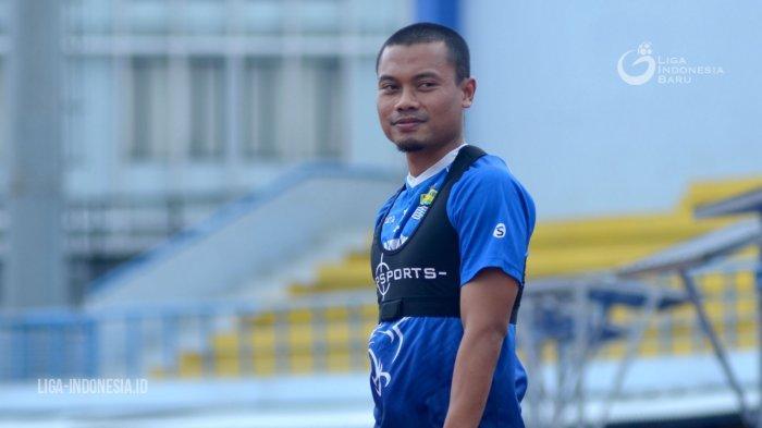 Kondisi Dedi Kusnandar Terkini, Usai Terkapar di Persib Bandung vs PS Sleman, Ditandu Pakai Oksigen