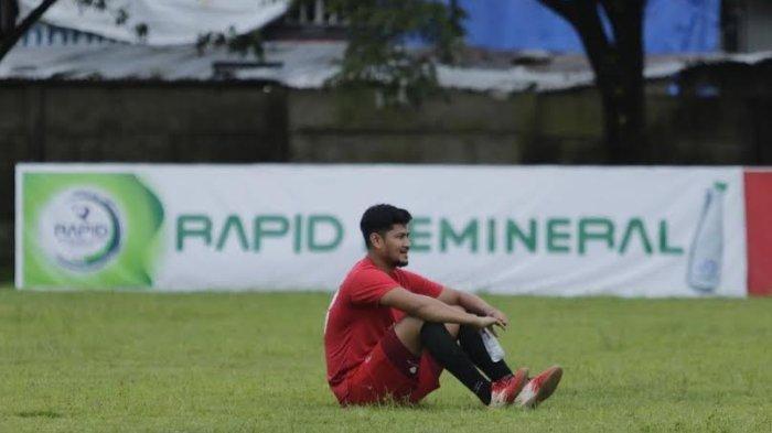 Abdul Rahman Cedera Saat Lawan Persib Bandung, Pelatih PSM: Semoga Tidak Parah