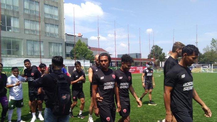 Usai Bantai Persebaya, PSM Makassar Latihan di Lapangan Mini
