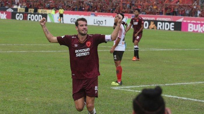Prediksi Susunan Pemain PSM Makassar vs Madura United
