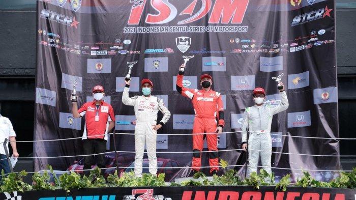 Pebalap Toyota Team Indonesia Raih Posisi Kedua di Seri 1 Kejurnas Indonesia Touring Car Race 2021