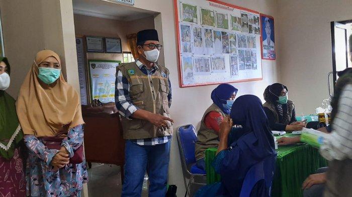 Pemdes Pa'bentengang turut mendukung kegiatan vaksinasi massal yang berlangsung di kantor Desa Pa'bentengang, Kecamatan Marusu, Kabupaten Maros, Sulawesi Selatan.