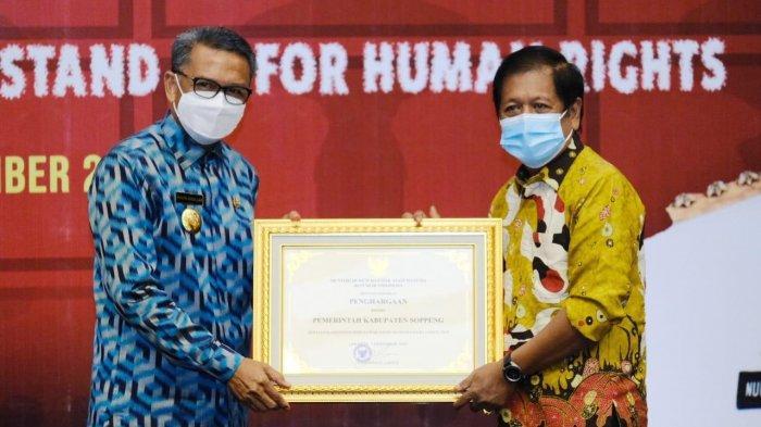 Dinilai Peduli HAM, Pemkab Soppeng Diganjar Penghargaan dari Kemenkumham Sulsel