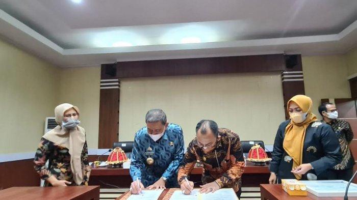 Tingkatkan Kualitas Pengelolaan Keuangan Daerah, Pemkab Wajo Teken MoU bersama DJPb Sulsel