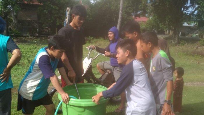 Pemuda & Pemerintah Kolaborasi Cegah Penularan Covid-19 di Kelurahan Data Kabupaten Pinrang