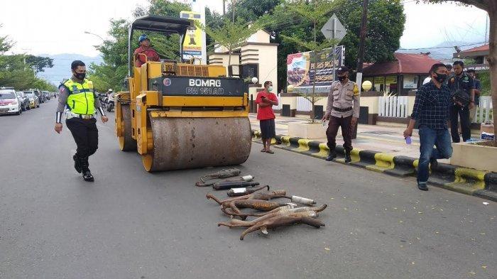 Puluhan Knalpot Racing dan Senjata Rakitan Dimusnahkan di Palopo