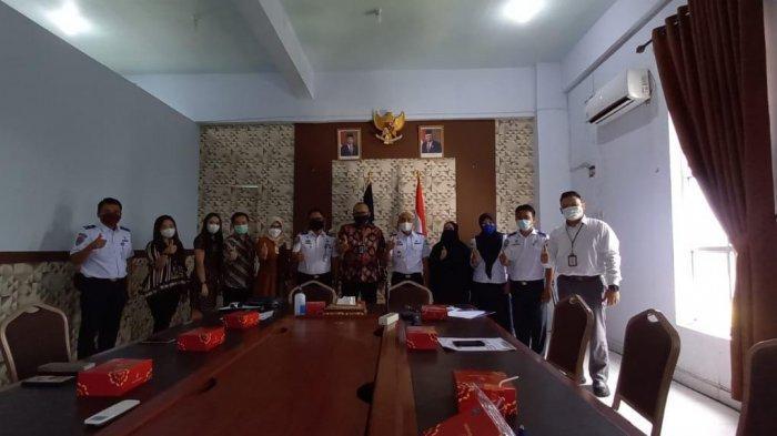 Bank Mandiri Area Makassar Ratulangi Region X Sulawesi & Maluku menggelar Penandatanganan Perjanjian Kerjasama (PKS) Antara Bank Mandiri dan Balai Pengelola Transportasi Darat Wil. XIX Kemenhub Makassar.