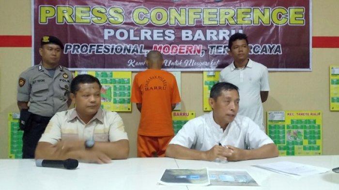 BREAKING NEWS: Hendak Edarkan Sabu-sabu di Barru, Warga Parepare Ditangkap Pollisi