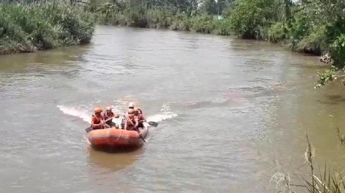 Sudah 1 Hari 1 Malam, Bocah Hilang di Sungai Desa Salu Jambu Luwu Belum Ditemukan