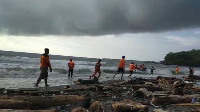 Sudah 24 Jam Lakukan Pencarian, Bocah Tenggelam di Pantau Lumpue Parepare Belum Ditemukan