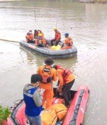 Hari Ketiga Pencarian, Warga Hilang di Sungai Polman Belum Ditemukan