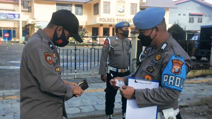 Tak Bisa Dicontoh, Tujuh Polisi di Toraja Utara Ditilang Gara-gara Tak Punya SIM dan STNK