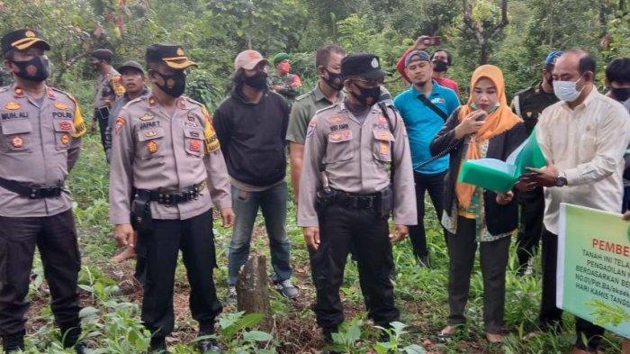 Dikawal Polisi, PN Bantaeng Eksekusi Lahan Sengketa di Tompobulu