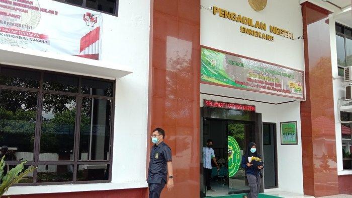 Terdakwa Kasus Pencemaran Nama Baik Bupati Enrekang Divonis 8 Bulan Penjara
