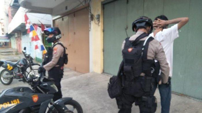 Patroli di Jl Diponegoro Makassar, UPCR Angngaru Dapati Pengendara Bawa Sabu
