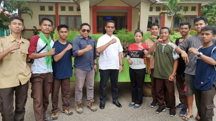 PT Vale Bantu Bibit Pohon, Sispala SMA 5 dan SMA 3 Lutim Penghijauan di Gunung Landaka