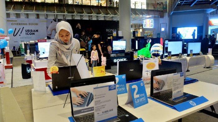 Indonesia Segera Produksi Laptop Merah Putih, Luhut: Pemerintah Daerah Wajib Beli